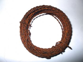 TWISTED RUSTY TIN WIRE  20 gauge + 22gauge  (4.6mts)
